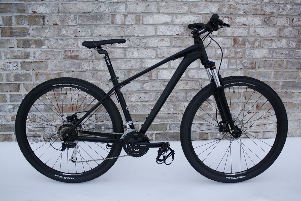24e3e9a0cf9 Here's another great deal, a 2014 Giant Talon 29er 2 in size medium for  only $699! That's $191 off the original MSRP!